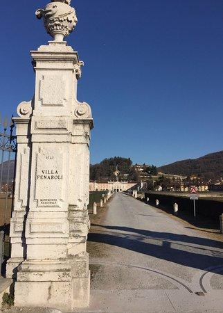 Rezzato, Italy: Allontanandosi non si può non lanciare un'altra occhiata.