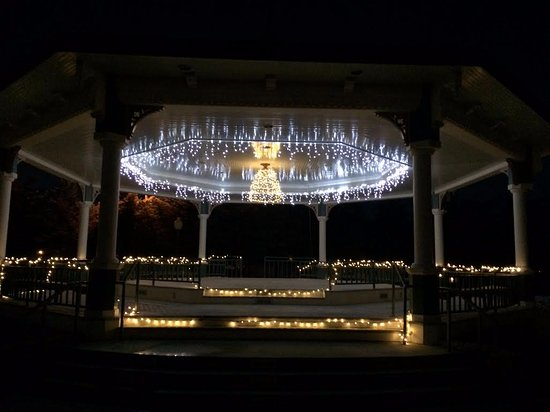 Saratoga, WY: Christmas time at the Pavilion. Call for details on holding events here.