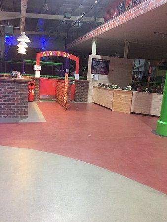Base Entertainment Centre: photo2.jpg