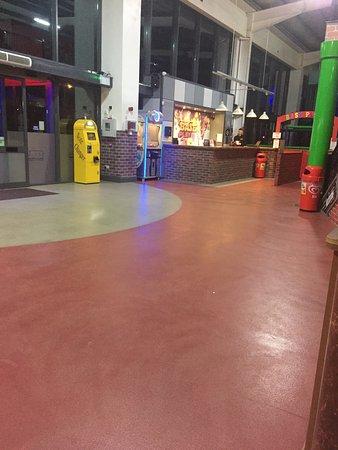 Base Entertainment Centre: photo4.jpg