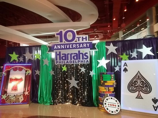 Chester, Pensilvania: Celebrate Harrahs 10th Anniversary with Great Food and Atmosphere!