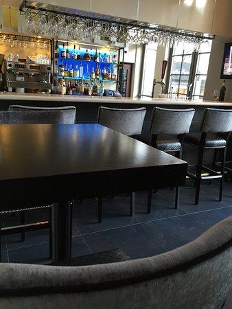 Coco Pazzo Mont Tremblant - new bar 2016