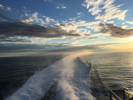 Yarmouth, Canada: A beautiful sunset aboard The CAT