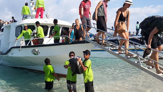 Gili Air, Indonesia: Bajada del bote en escalera