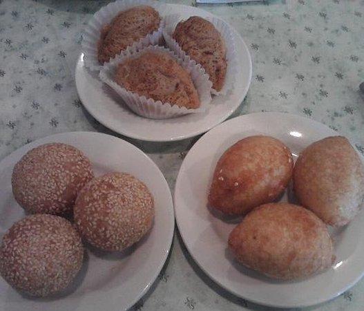 Rochester Hills, MI: Sesame Balls, Fried Meat, Taro  DIM SUM