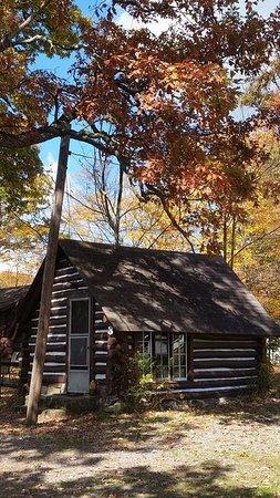 Markleysburg, PA: Cabin 3