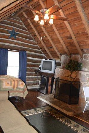Markleysburg, PA: Cabin 4