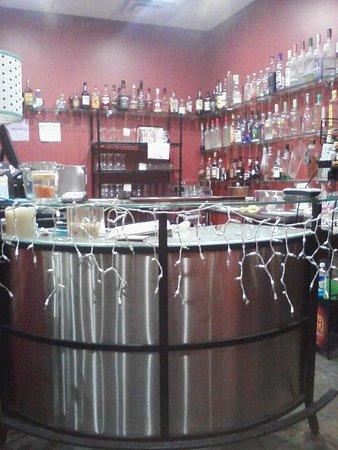 Grand Blanc, MI: Bar in Tasting room