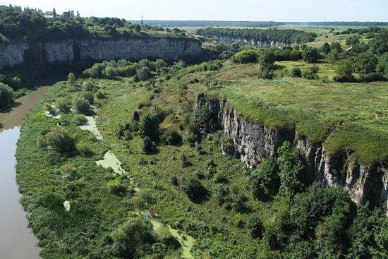 Kamianets-Podilskyi, Ucrania: Каньон в город Каменец-Подольский. Проезжаею через него, когда еду из Киева в Черновцы.