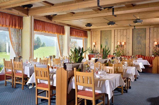 Die Gams Hotel Resort: Restaurant mit Panoramablick