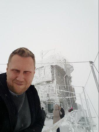 Berner Oberland, Schweiz: Cold and windy day...