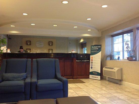 Modesto, CA: Clean lobby, smells nice