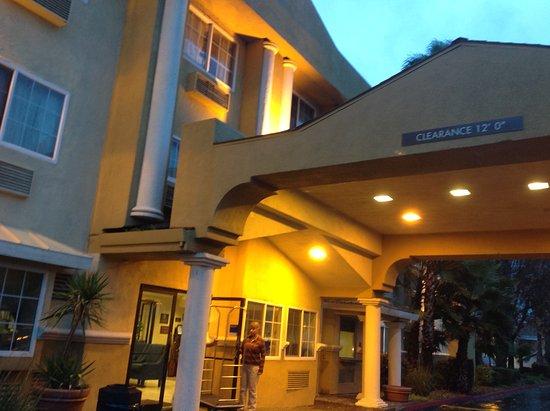 Modesto, Califórnia: Front entry