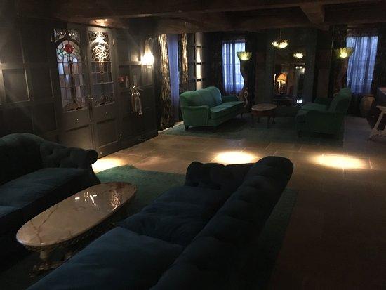Otterburn, UK: Le Petit Chateau