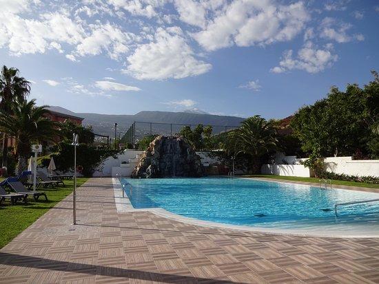 Hotel Las Aguilas : Der ungeheizte Pool