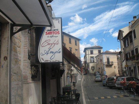 Grotte di Castro, Italy: Caffe' Angelo Di Sgro' Gaia
