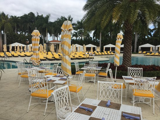 Doral, FL: Deserted pool area