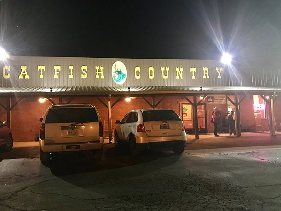 Booneville, MS: Catfish Country