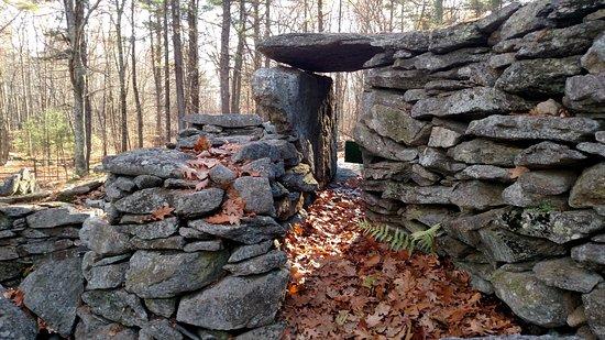 Salem, New Hampshire: The Fort
