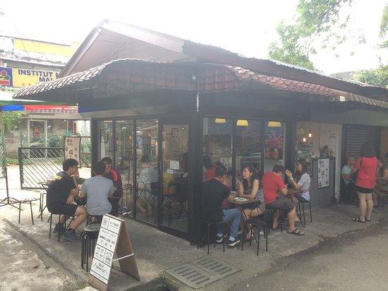 A Toast Breakfast & Juice Bar