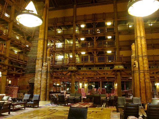 Villas at Disney's Wilderness Lodge: Main Lobby for the Wilderness Lodge