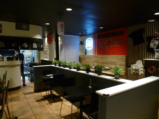 Burnaby, Canada: Inside the restaurant