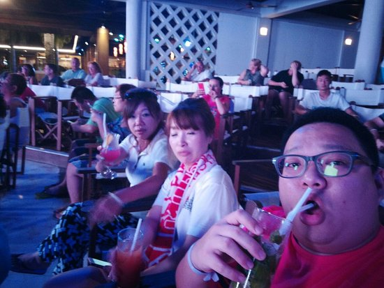 Club Med Cherating Beach: watching the show