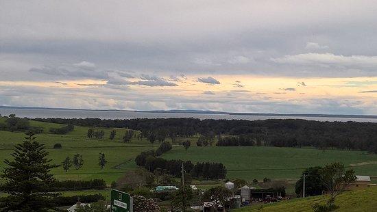 Gerringong, Australien: Beautiful vista from the cellar door