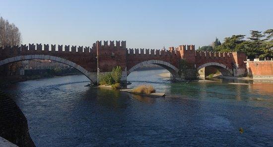 Ponte Scaligero (Ponte di Castelvecchio): View of Bridge from Arco dei Gavi