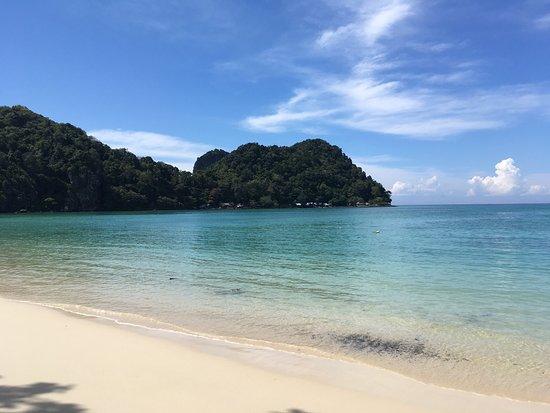 Loh Lana Bay