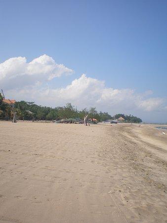 Ramada Bintang Bali Resort: The beach was clean