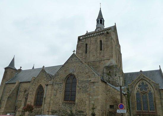 Eglise Notre Dame de la Paix de Pontorson