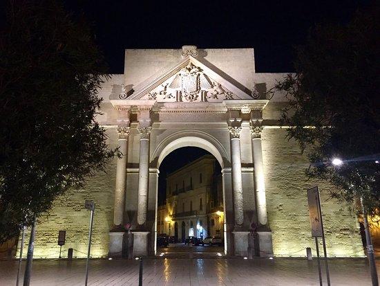 Porta Napoli : photo1.jpg