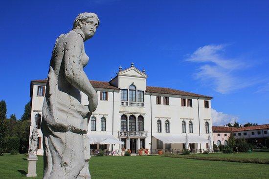 Villa Cellini, Giustinian, Salice