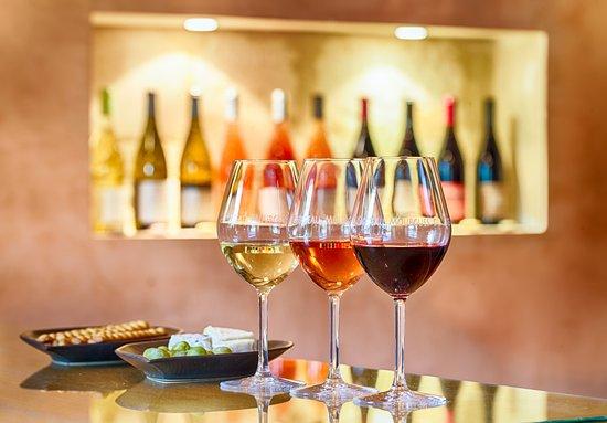 Beaucaire, Γαλλία: Vins biologiques (Blanc, rosé et rouge)