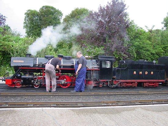 Romney, Hythe and Dymchurch Railway: 本物の鉄道