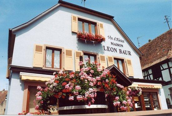 Maison Leon Baur