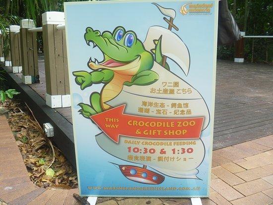Green Island, Australia: 日本語も併記の案内図