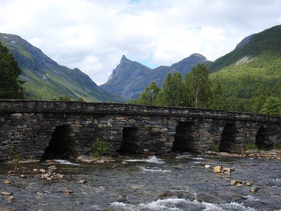Hornindal, Norwegia: Horndøla bridge