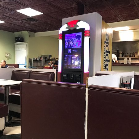 Lafayette Hill, PA: Bruno's Restaurant