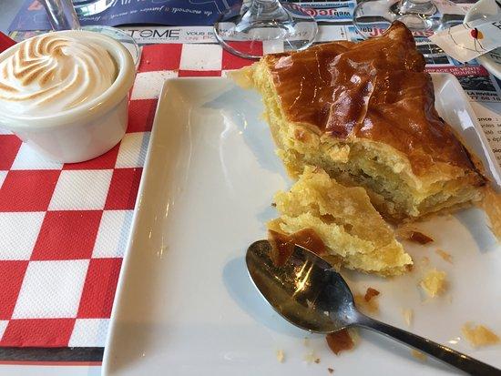 Isneauville, France: Dessert
