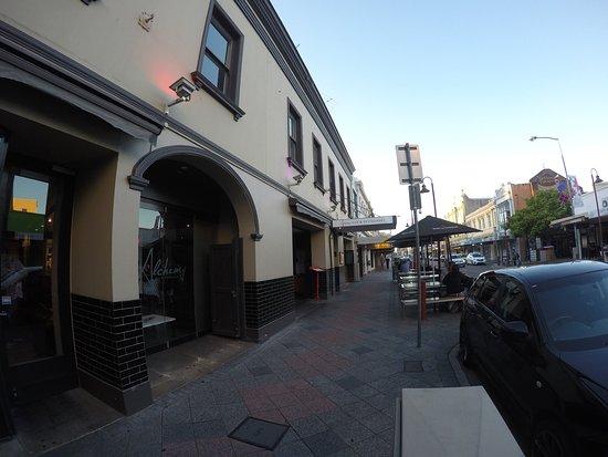 Alchemy Bar & Restaurant: photo4.jpg