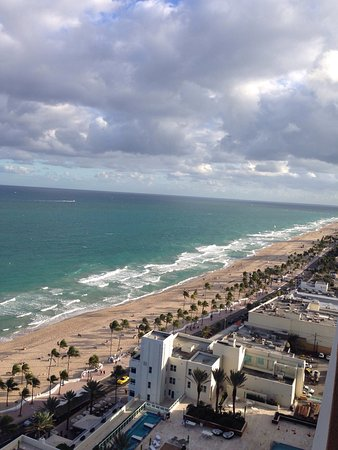 Marriott's BeachPlace Towers: photo1.jpg