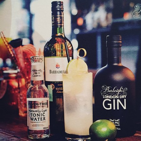 Congleton, UK: Quigley's Cocktail Bar