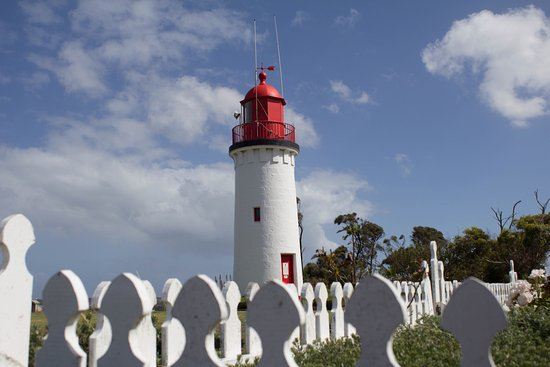 Whalers bluff lighthouse Portland