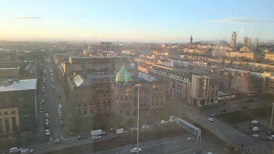 Premier Inn Glasgow City Centre (Charing Cross) Hotel: received_1156598107790638_large.jpg