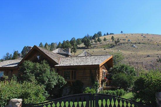 Gardiner, MT: the ranch