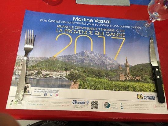 Graveson, Frankrig: テーブルにあったイベント告知