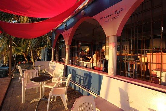 Mero, Dominica: Romance Cafe