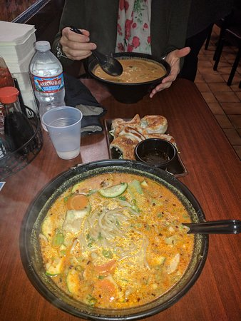 Betty's Noodle House: IMG_20170113_171520_large.jpg